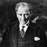 Prag T.C. Konsolosluğu Sizi 10 Kasım Atatürk'ü Anma Törenine Davet Ediyor.