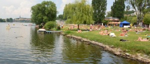 5 zlute_lazne-prag-göl-yüzme-yaz