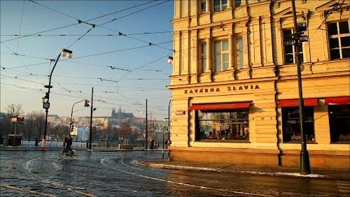 Cafe Slavia Nazım Hikmet